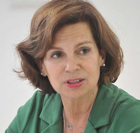 Ana González-Pinto