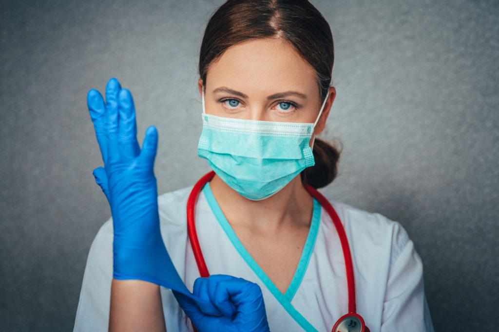 Pasos para avanzar hacia el liderazgo femenino en Medicina