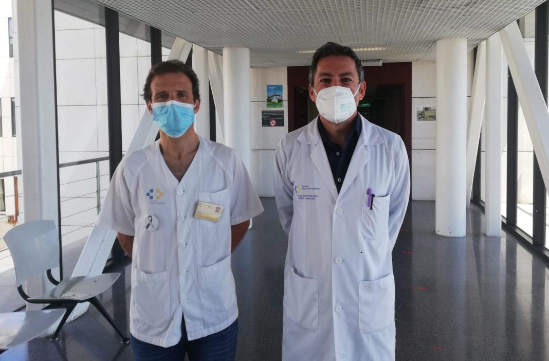 David Pérez Alonso y Jose Ramón Cano García, cirujanos torácicos del Complejo Hospitalario Universitario Insular-Materno Infantil